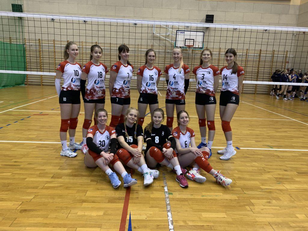 Kadetki 5 zespołem Wielkopolski