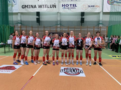 Kadetki wygrały turniej w Wieluniu !!!